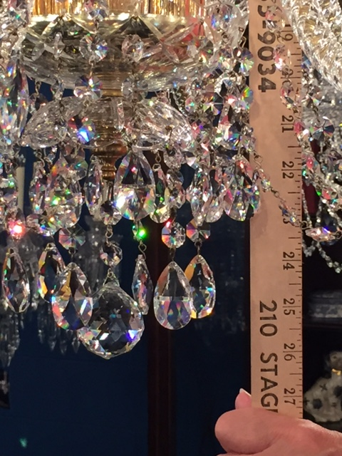 How to measure the length of a chandelier.